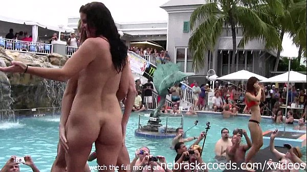 shared college fuck videos